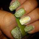 Beauty Marissa D.'s leaf green stamped nails!