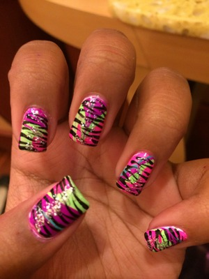 Water marble with zebra stripes