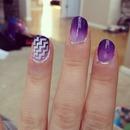 Purple ombré nails with accent