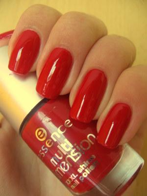 Essence - Glam Girl  http://arvonka-nails.blogspot.sk/2012/06/essence-glam-girl.html
