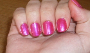 Can you see the difference?  Check out this nail polish dupe I found, OPI's Flashbulb Fuschia and Rimmel 60 Seconds in Pulsating! Blog post here:  http://rivuletsbeauty.blogspot.com/2011/09/dupe-alert-opi-flashbulb-fuschia-and.html