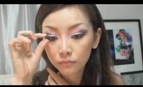 化粧 鷹 Makeup Hawk