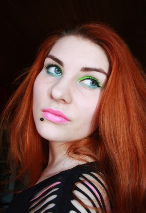 Bought Viva Glam Nicki lipstick for myself as a bday present. Here's my version of Nicki Minaj's campaign look.
