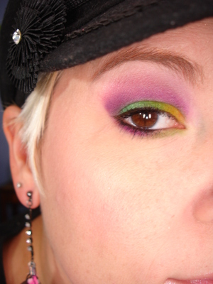 Mardi Gras Any Day (Sugarpill Palettes + GDE Schizophrenic center upper lid and inner lower lid.)