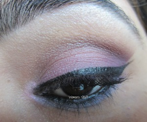 check here for tutorial http://www.srinjla.com/2013/11/30-days-eye-makeup-challenge-day23-step.html#.UnW7QqWXvwI