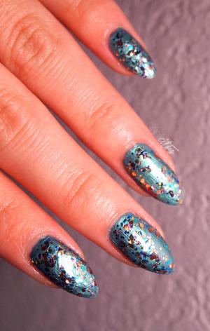 http://www.drinkcitra.com/2014/01/week-01-teal-busygirlnails-winter-nail.html