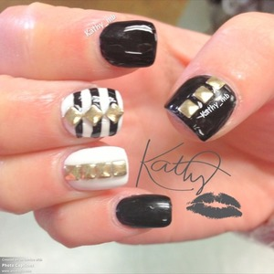 Studded black and white small nails