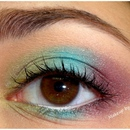 Colorful look with MUG
