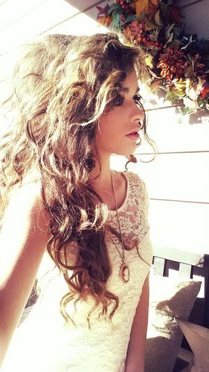 Big curly hair! <3