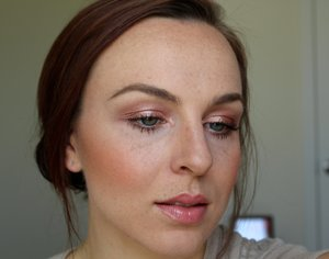 """L'oreal Infallible Eye Pigment in """"Amber Rush"""""""