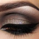 glitter eye make up