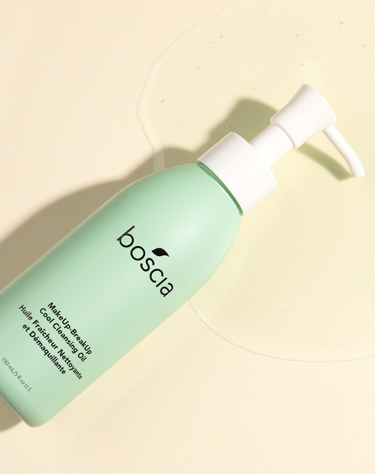 Alternate product image for MakeUp-BreakUp Cool Cleansing Oil shown with the description.