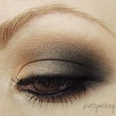 Neutral Smokey Eye