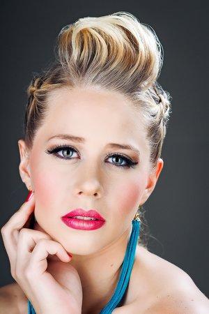 #lips, #mohawk, #ombre, #pullthroughbraid, #tassels
