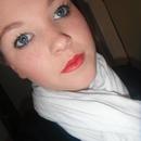 red lips plus sparkly black eyeliner