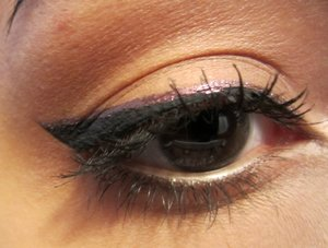 themakeupleague.blogspot.com