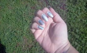 Pixie Polish Linear Holo Topcoat in Sun and Shade