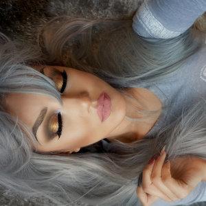 https://instagram.com/auroramakeup/