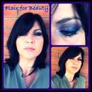 Yeah I got the blues.. on my eyelids!