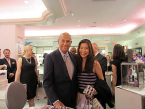 Mr. Oscar de la Renta, such a handsome, elegant gentleman!