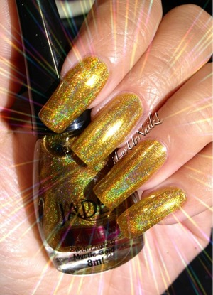 This is the most deepest gold holo I have ever seen Wow!!