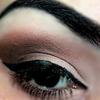 Neutral Brown Make Up Look
