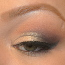 NYE natural dramatic eye detail