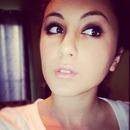 big eyes pink lips