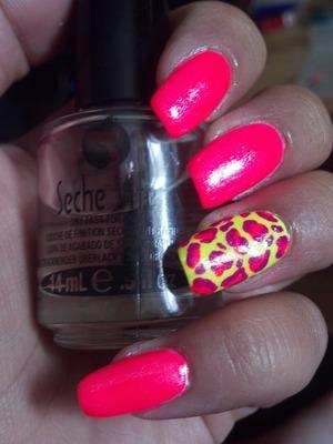Neon Leopard Print Accent Nail