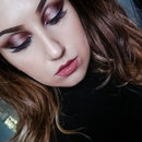 Smoky Burgundy Eye