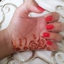 Minimalistic henna