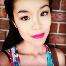 Bright Fuchsia Lips!