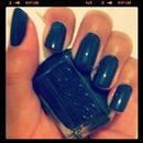 Essie bauble nails