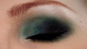 Vandaleyez Tantrum 2 Check out my videos to view my tutorial for this look! xoxo