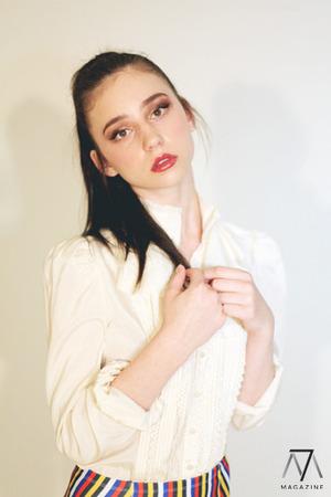 Hair & Makeup: Shawnee Leonard Photography: Kelsey Newkham Styling: Leah Leybovich Model: Chelsey Bobalek