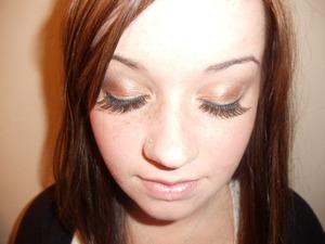 bronzy neutral eyes