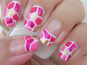 Breast Cancer Awareness Month Nail Art Bettina - Pink Bikini Maybelline Color Show - Bold Gold Kleancolor - Wild Rose Barry M - Bright Pink