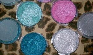 Colors : Siren , Sookie , Habibi , Sprinkles