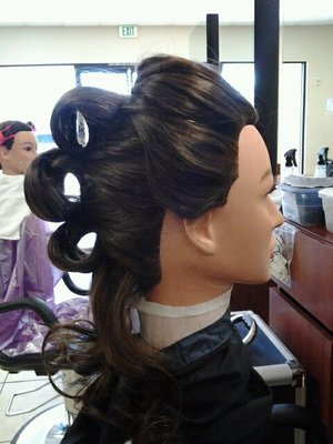Victory Roll updo side