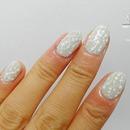 White vine nail art