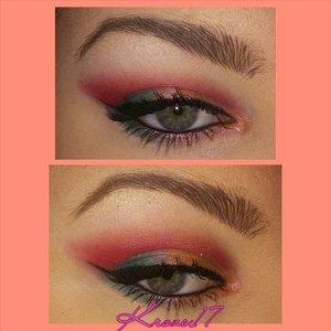 Pink Flamingos after dark!  I used:  Glamourdolleyes Pigments in Heartless, Recruit, and Juicy Mango. #Makeup #beauty #GDE #Glamourdolleyes #Cosmetics #makeuplook #Beautyshot #instamakeup #instabeauty #bright #sparkle #fun #summer #eyes #kroze17