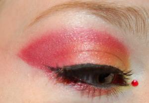 Fire Element Makeup for Beckysblog Contest. Tutorial here: http://www.youtube.com/watch?v=P0dHKpZu_XA
