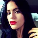 Red lipstick..! Loving it