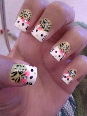 My hello kitty nails
