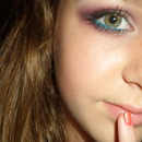Color blocking with makeup