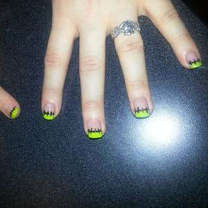 www.facebook.com/hairmakeupandnailsbyashley for more nail art