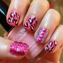 Glitzy Pink Leopard Nails