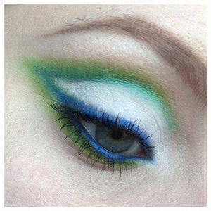 I finally got a chance to play with my Sugarpill Pro Palette that I got at IMATS London!