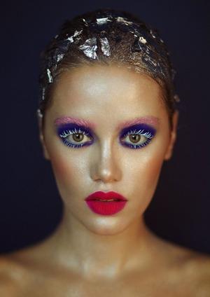 mac pro neon pigment (magenta madness, blue), inglot eyeliner blue, pink.