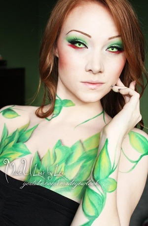 Requested Poison Ivy! If you love this look, please remember to share it with your friends! See the video tutorial here: http://www.youtube.com/watch?v=rwZITaSYyaw&feature=c4-overview&list=UUiXoZHFowJUlDVMuRFAwVAw